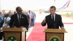 الرئيس الفرنسي إيمانويل ماكرون والموريتاني محمد ولد عبد العزيز في نواكشوط 2 يوليو/تموز 2018