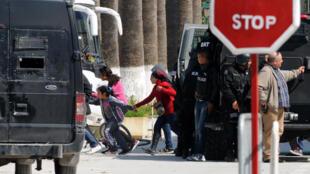 L'attaque au musée du Bardo a fait au moins 21 morts, mercredi 18 mars.