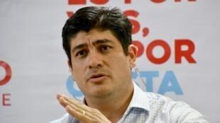 مرشح اليسار للانتخابات الرئاسية في كوستاريكا كارلوس ألفارادو 31 آذار/مارس 2018.