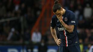 Zlatan Ibrahimovic manquera les deux prochains matches du PSG.
