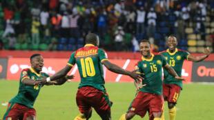 Après 120 minutes de jeu et un 0-0, le Cameroun arrache la victoire au dernier tir au but, grace à Vincent Abubakar entré en cours de jeu.