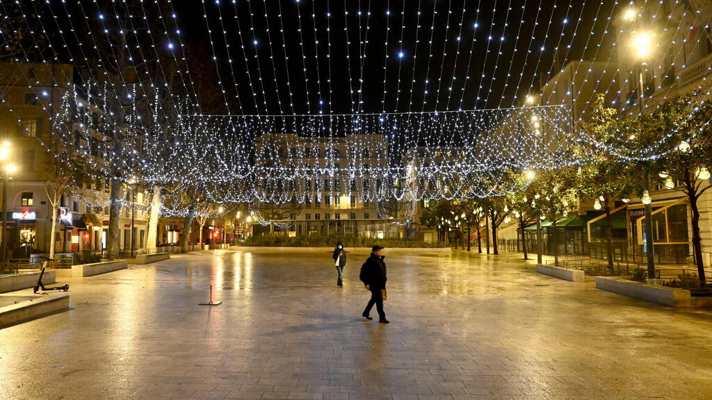 France set for nationwide 6pm curfew in effort to stem Covid-19
