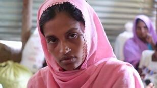 خديجة أم أنجبت أثناء هروبها من بورما.