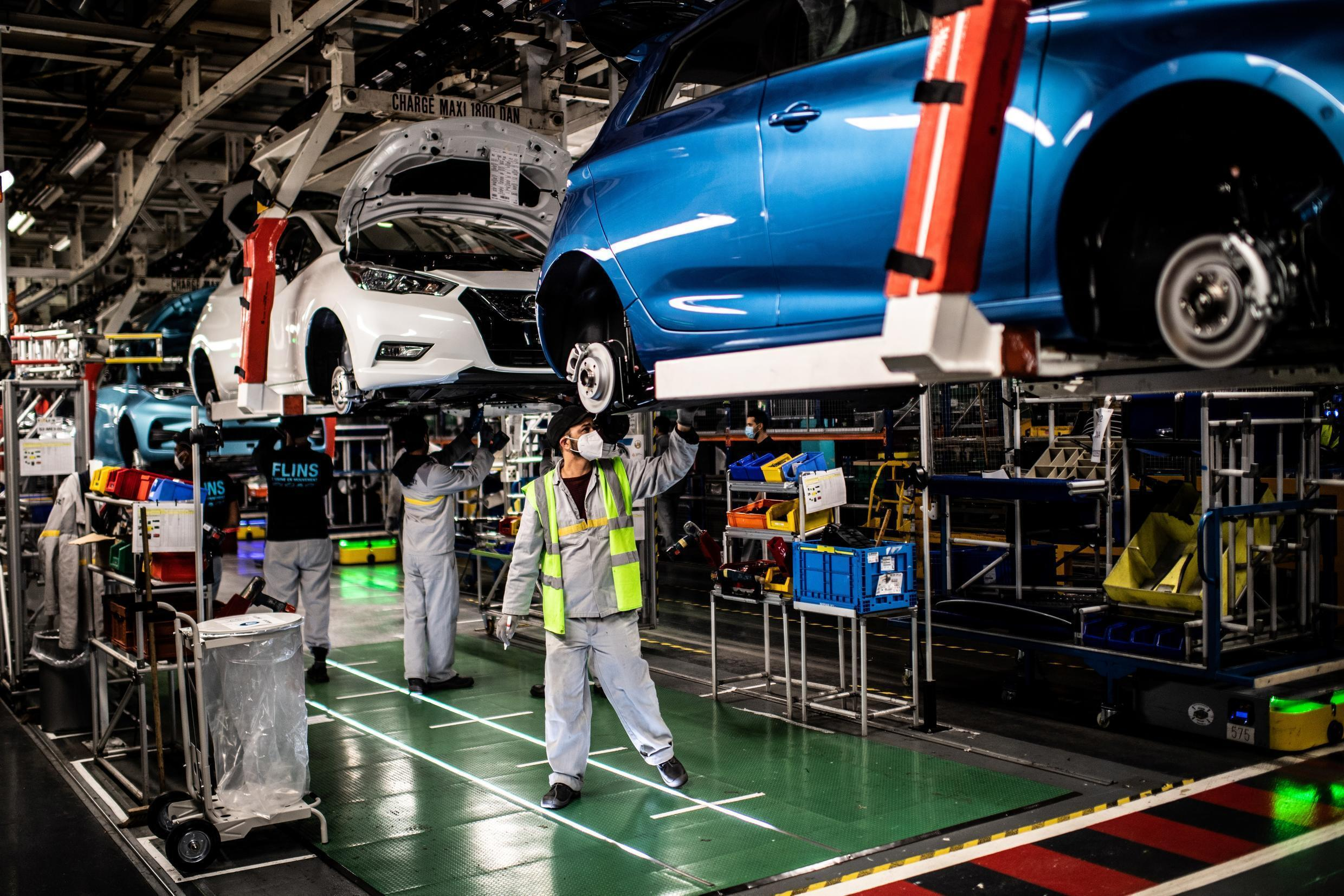 The Renault Zoé comes off the assembly line at a factory in Flins-sur-Seine, May 6, 2020