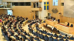 El rey de Suecia, Carl Gustaf, habla durante la inauguración del Parlamento en Estocolmo, Suecia, el 25 de septiembre de 2018.