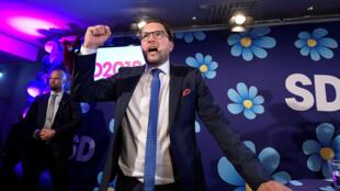 Jimmie Åkesson, líder del partido de extrema derecha los 'Demócratas Suecos' en la noche de las elecciones en el restaurante Kristallen en el centro de Estocolmo, Suecia, el 9 de septiembre de 2018.