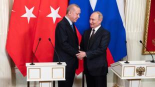 Putin-y-Erdogan-cese-fuego-Reuters