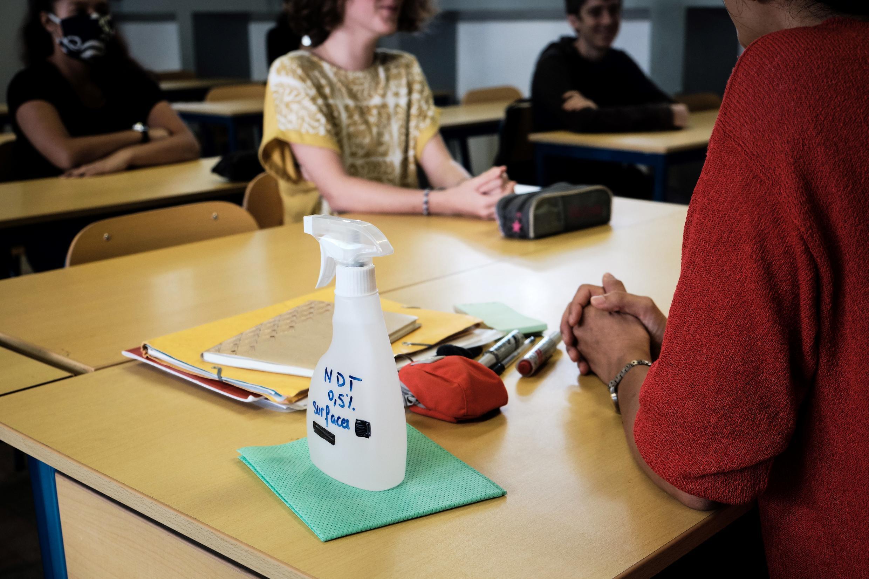 Les cours ont repris depuis le 22 avril au lycée Lapérouse de Nouméa, en Nouvelle-Calédonie.
