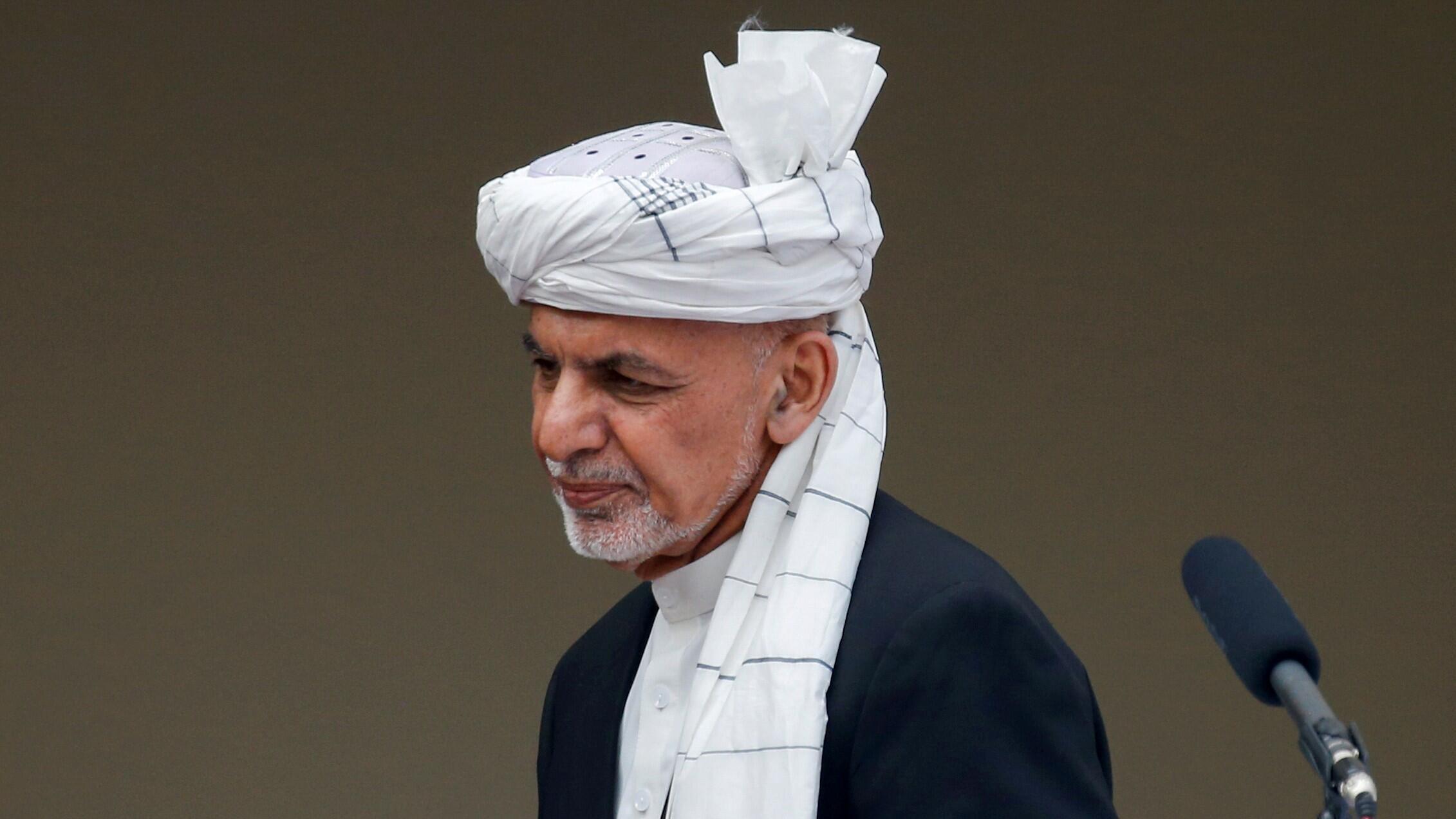 El presidente de Afganistán, Ashraf Ghani, llega a su toma de posesión como presidente, en Kabul, Afganistán, el 9 de marzo de 2020.