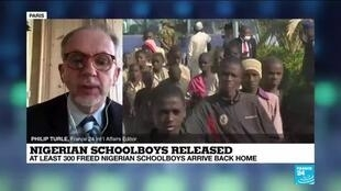 2020-12-18 14:03 Freed Nigerian schoolboys arrive back home a week after abduction
