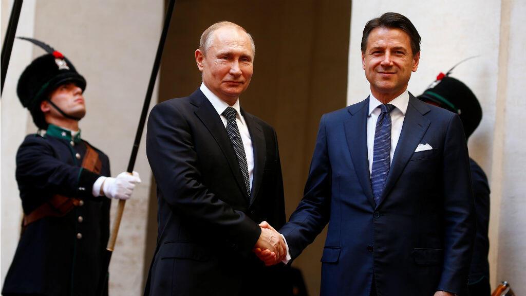 El presidente ruso, Vladimir Putin, se reúne con el primer ministro italiano, Giuseppe Conte, en Roma, Italia, el 4 de julio de 2019.
