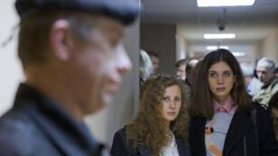 Nadejda Tolokonnikova et Maria Alekhina en janvier à Moscou