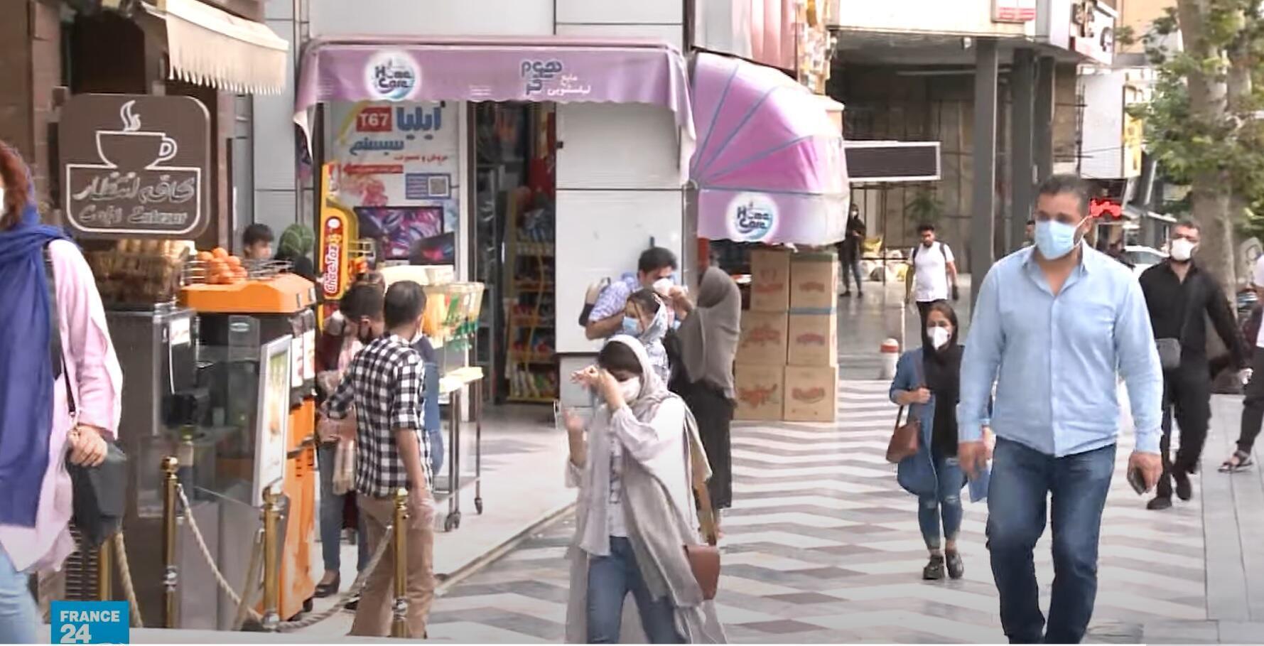 أعداد وفيات فيروس كورونا في إيران تزداد والإصابات تتصاعد في صفوف الشباب والأطفال بشكل مخيف