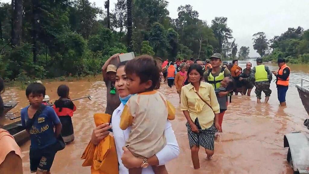 Reporters - Au Laos, la malédiction de l'or bleu