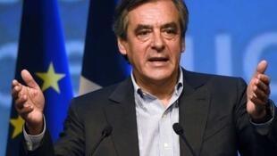 رئيس الوزراء الفرنسي الأسبق ومرشح اليمين للانتخابات الرئاسية فرانسوا فيون
