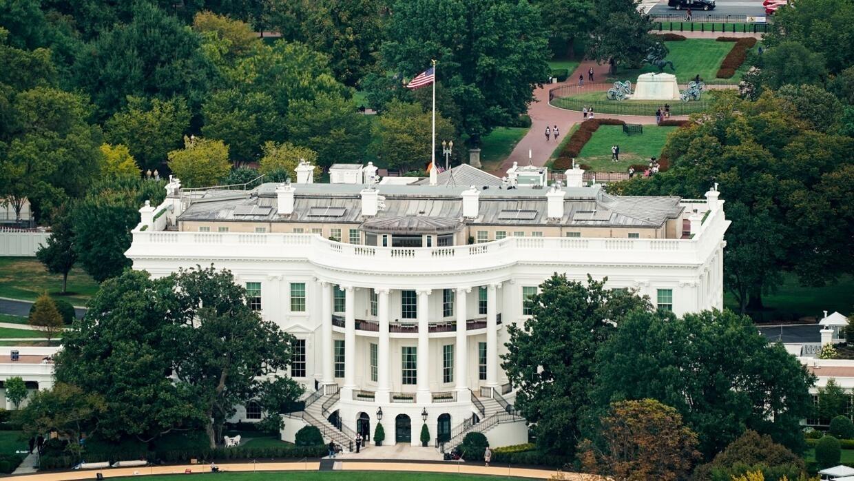 النواب الديمقراطيون يصدرون مذكرة من الكونغرس تجبر البيت الأبيض على تقديم وثائق متعلقة بقضية أوكرانيا