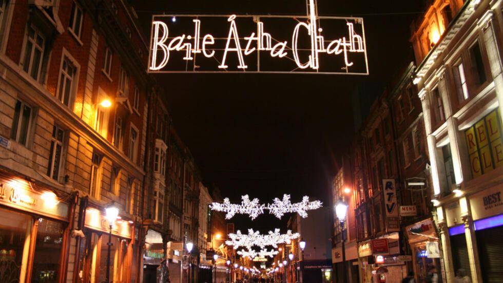 Christmas In Dublin Ireland.Irish Women Put Their Feet Up For Feminist Christmas