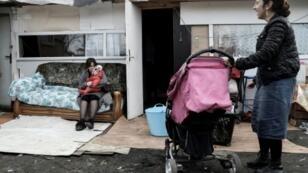 Vigilantes attacked this Roma camp near Paris on Monday