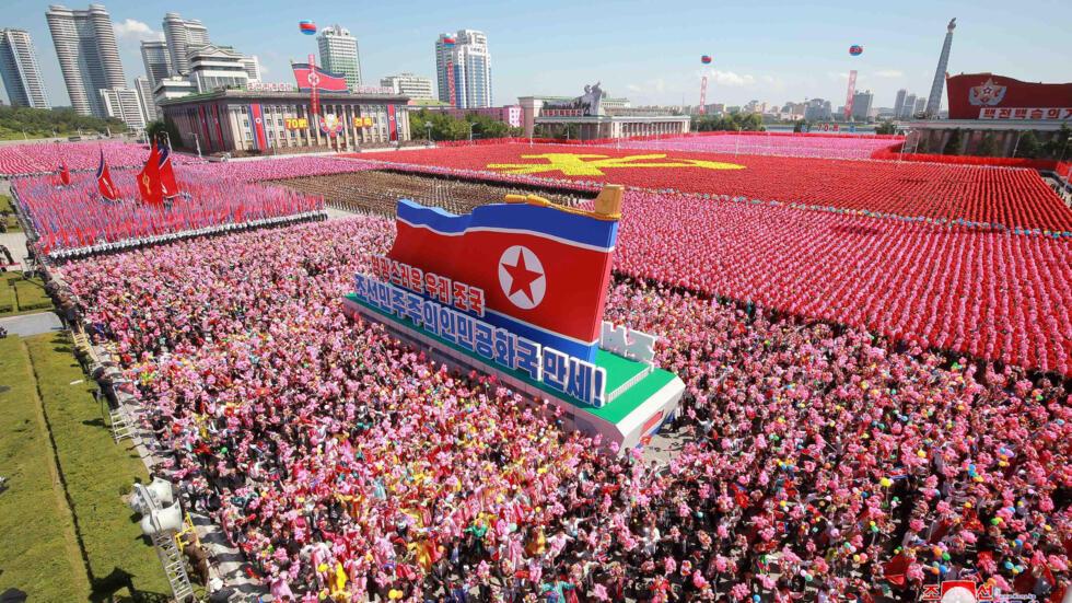 Los norcoreanos celebraron el Día Nacional del régimen y el 70 aniversario de Corea del Norte.