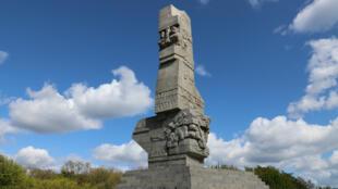 Le monument de Westerplatte érigé en 1966.