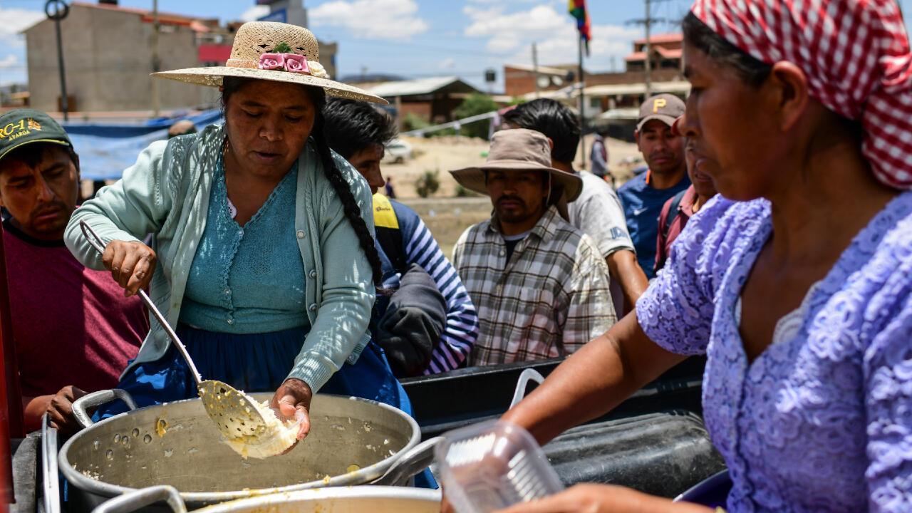 El 'trabajo invisible' de las mujeres, raíz de la disparidad y la brecha salarial