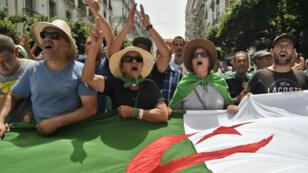 Des manifestants algériens dans les rues de la capitale, le 2août2019.