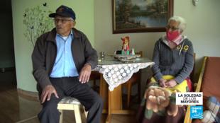 Daniel y 'Julita' son dos de los 2,6 millones de colombianos mayores de 70, obligados a estar en cuarentena preventiva hasta el 31 de agosto.