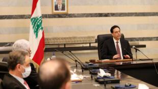 رئيس الحكومة اللبنانية حسان دياب في مؤتمر صحفي في بيروت، في 21 مايو/أيار 2020.