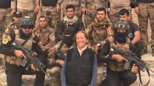 La journaliste française Véronique Robert, en Irak, sur une photo publiée sur Facebook le 30 octobre 2016.