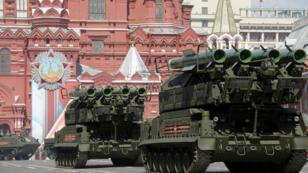 Des Buk russes sur la place Rouge de Moscou lors de la parade militaire qui célèbrent les 71 ans de la victoire des Alliés, le 9 mai 2016.