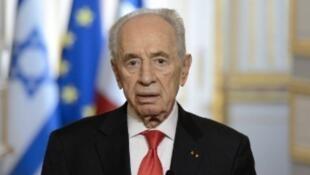 Shimon Peres, en mars 2013, lors d'une conférence de presse tenue à l'Élysée avec François Hollande.