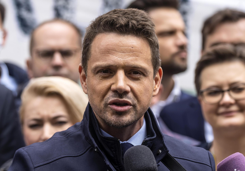 El alcalde de Varsovia, Rafał Trzaskowski, principal contendiente del presidente derechista Andrzej Duda.