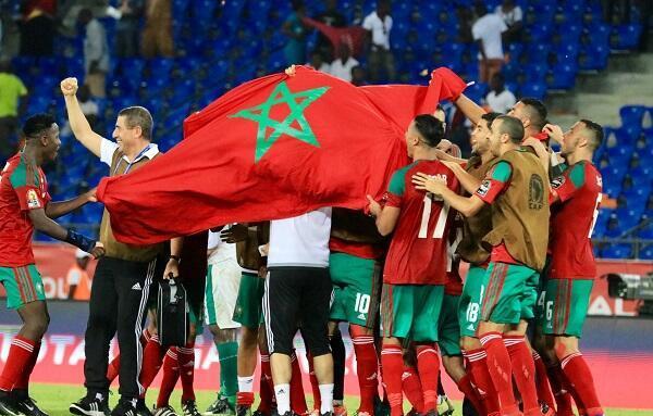فرحة لاعبي المنتخب المغربي بالفوز على ساحل العاج والتأهل