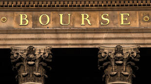 La fachada de la antigua Bolsa de París, en una imagen del 18 de mayo de 2020