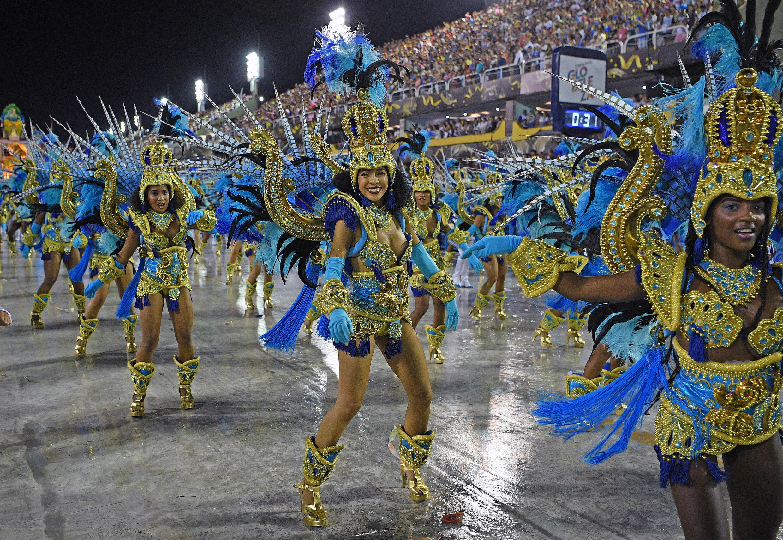 Desfile de la escuela de samba Vila Isabel en el sambódromo, durante el carnaval de Rio de Janeiro, el 24 de febrero de 2020