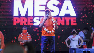 Bolivian presidential candidate Carlos Mesa delivers a speech in Santa Cruz during the campaign, in October 2020