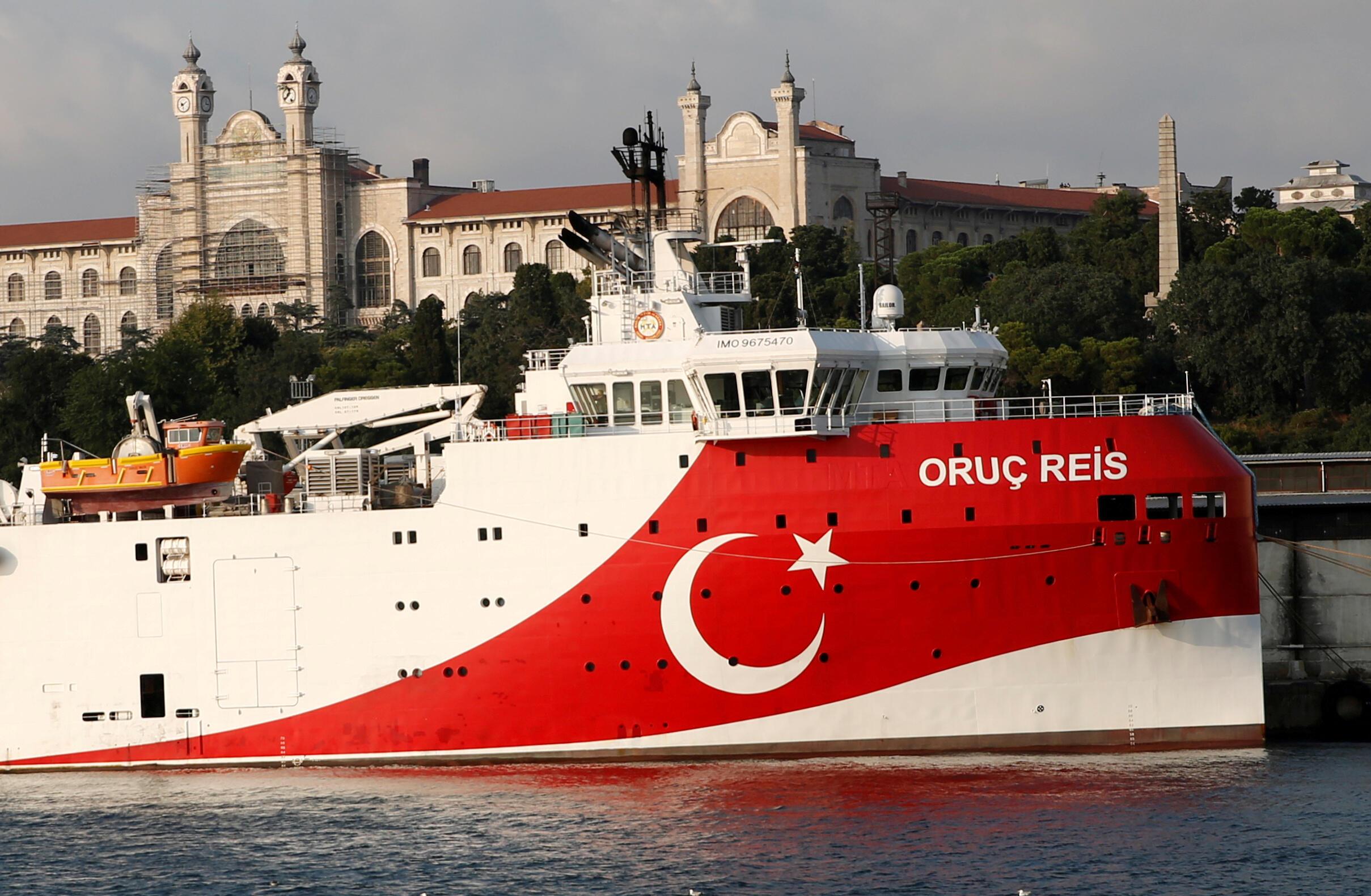 """سفينة الأبحاث الزلزالية التركية """"عروج ريس"""" في إسطنبول. تركيا في 22 أغسطس/آب 2019."""