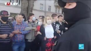 2020-09-20 21:08 Belarusian police arrests hundreds during fresh protests as hackers leak data on 1000 officers