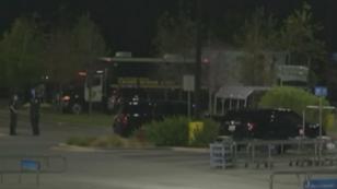 Le camion stationnait sur un parking de San Antonio, au Texas. D'après les pompiers, la climatisation ne fonctionnait pas.
