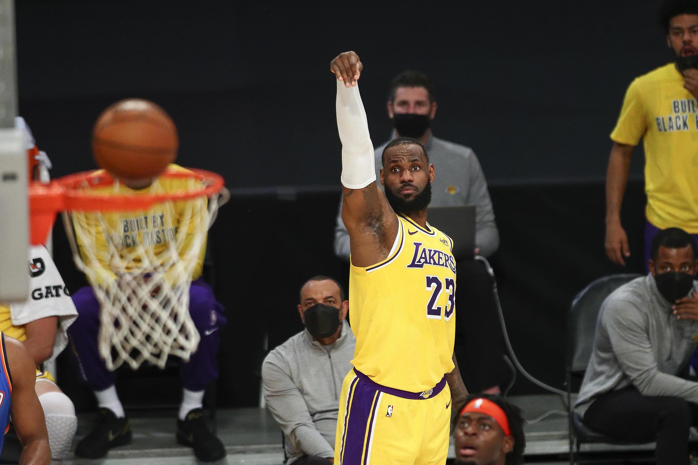 La star des Lakers, LeBron James, contre Oklahoma City, le 8 février 2021 à Los Angeles