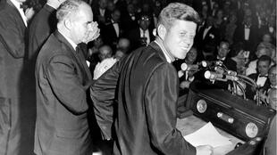 John F. Kennedy en 1960 à New York, durant sa campagne présidentielle.