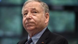 El presidente de la Federación Internacional del Automóvil (FIA), Jean Todt,asiste a una ceremonia de firma el 22 de julio de 2020, en Ginebra, después de la entraga de más de 2 millones de euros para la lucha contra el coronavirus.