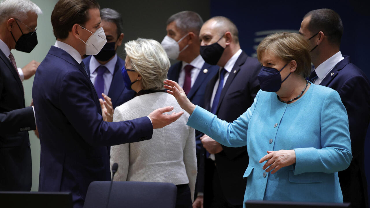 EU leaders reject France, Germany proposal for Putin summit