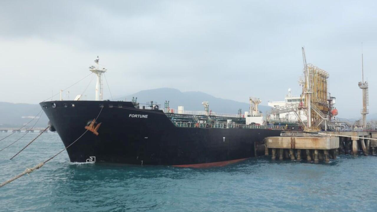 Irán y Venezuela han fortalecido sus relaciones comerciales a partir del envío de combustible iranía a la nación sudamericana.