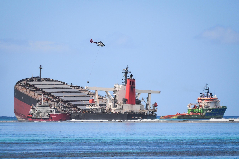 Quelque 1 180 tonnes d'essence se sont échappés du vraquier japonais MV Wakashio.