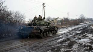 دبابة أوكرانية في دونيتسك