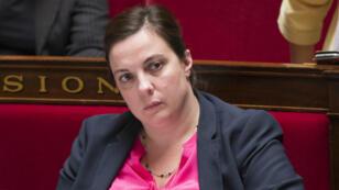 La ministre écologiste Emmanuelle Cosse est également l'épouse de Denis Baupin, accusé de harcèlement et agressions sexuels par huit femmes.