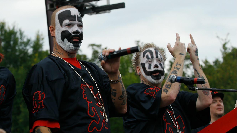 Shaggy 2 Dope et Violent J., du groupe Insane Clown Posse, lors d'une marche de juggalos contre Trump à Washington, le 16 septembre 2017.