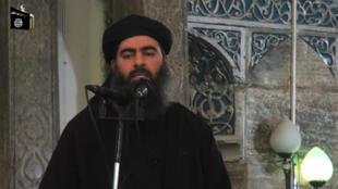 Une capture d'une vidéo de propagande de l'Organisation de l'État islamique montrant Abou Bakr al-Baghdadi, le 5 juillet 2014