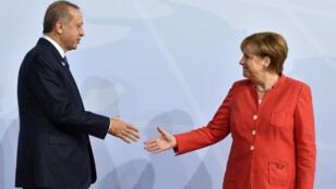 الرئيس التركي رجب طيب أردوغان والمستشارة الألمانية أنغيلا ميركل